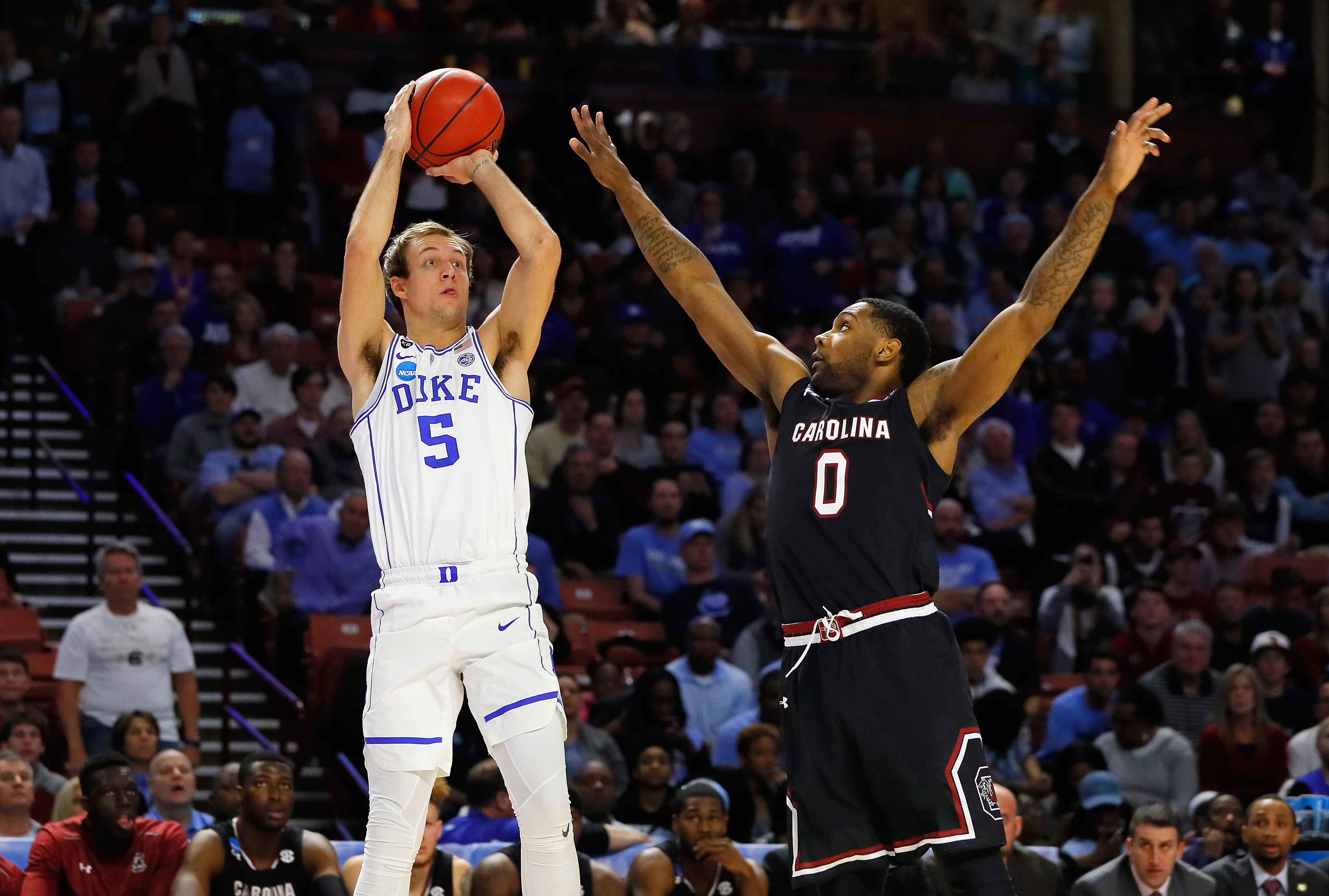 Luke Kennard signs rookie contract with ...